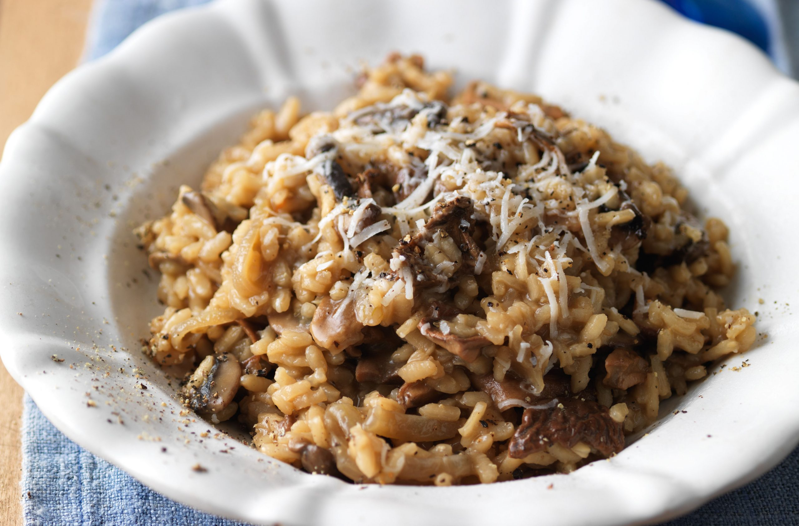 Easy-mushroom-risotto-scaled